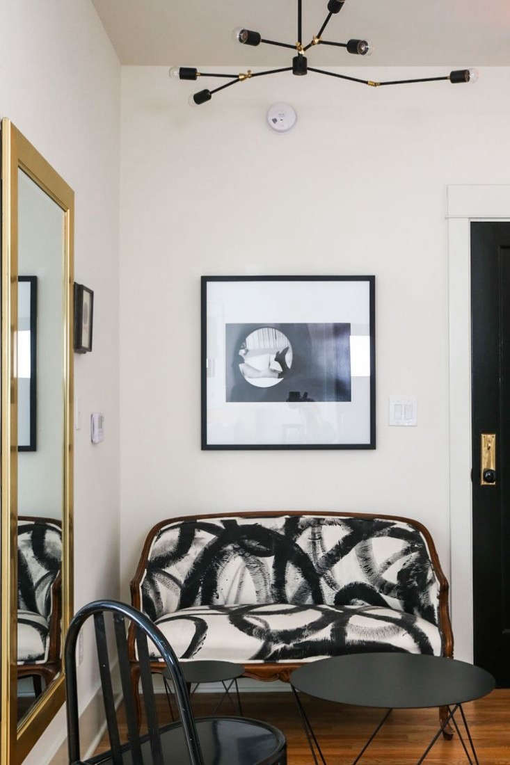 hotel-covell-couch-remodelista