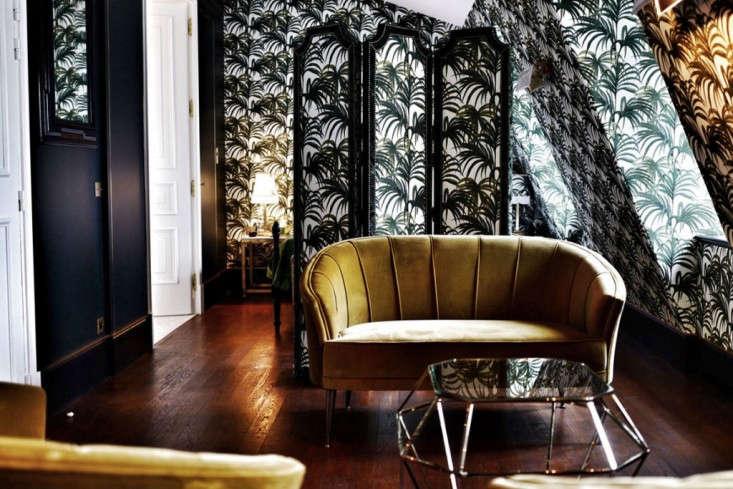 Velvet goldmine maximalist glamour at h tel providence in for Hotel decor 2017
