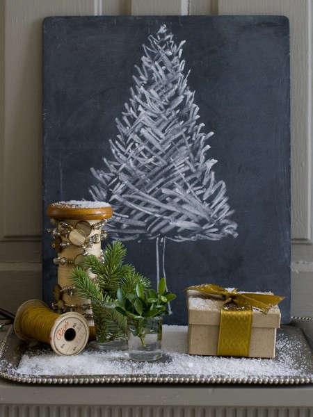house-home-matthew-mead-holiday-chalkboard-tree