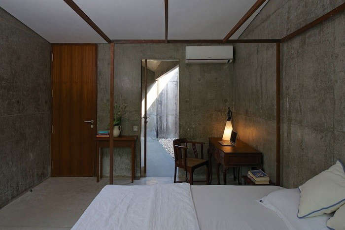 house-on-a-stream-india-brio-remodelista-1