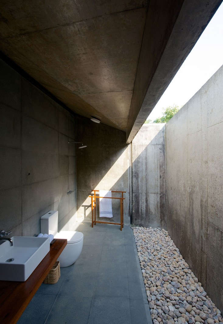 house-on-a-stream-india-brio-remodelista-2