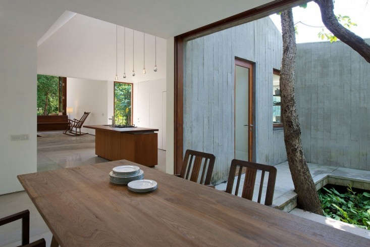 house-on-a-stream-india-brio-remodelista-5