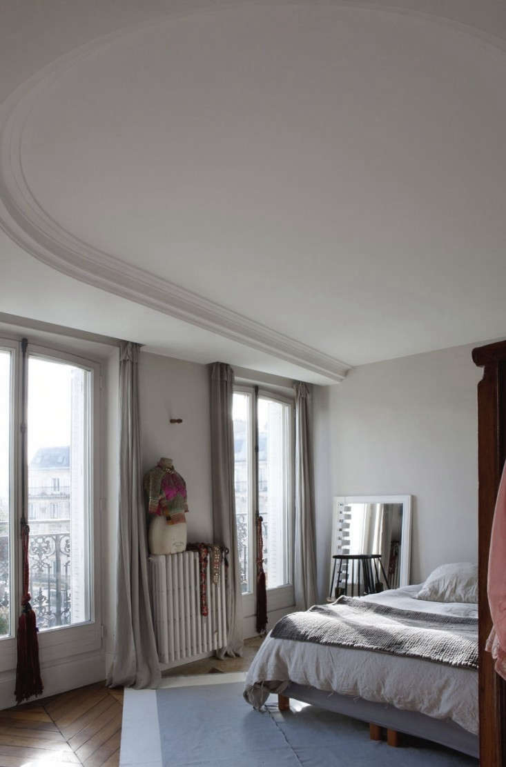 jacky-parker-paris-apartment-remodelista-29