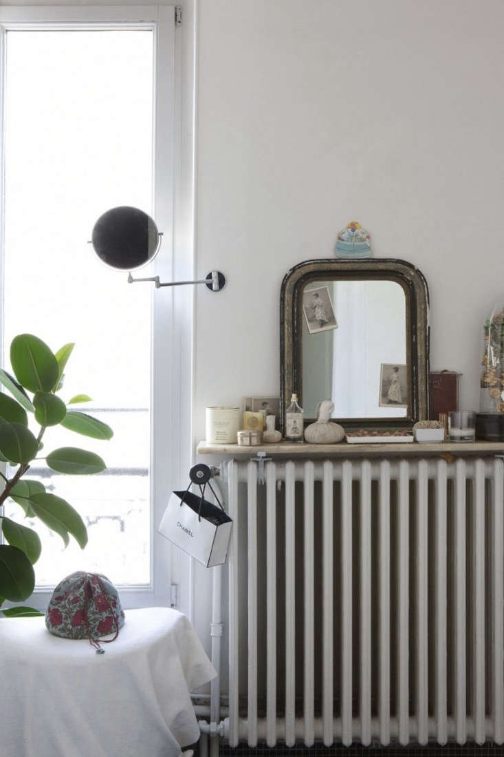 jacky-parker-paris-apartment-remodelista-36