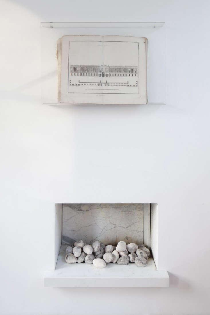 johanna-molineus-fireplace