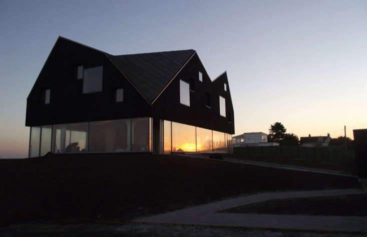 jva-mole-architects-dune-house-remodelista-1