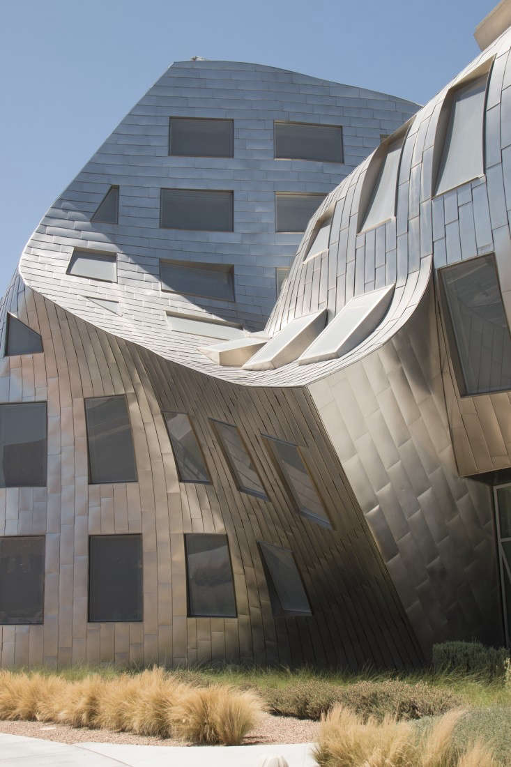 keep-memory-alive-event-center-las-vegas-frank-gehry-remodelista