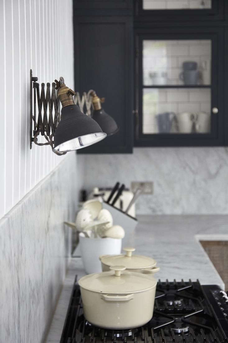 11 Best Industrial Style Black Sconces for the Kitchen