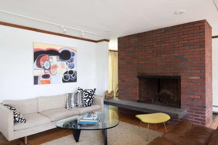 kugel-gips-living-room-remodelista-2