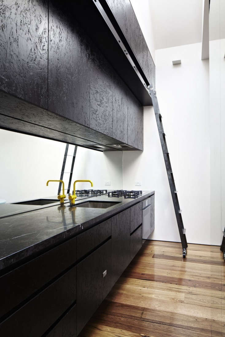 life-space-journey-black-marble-kitchen-countertop