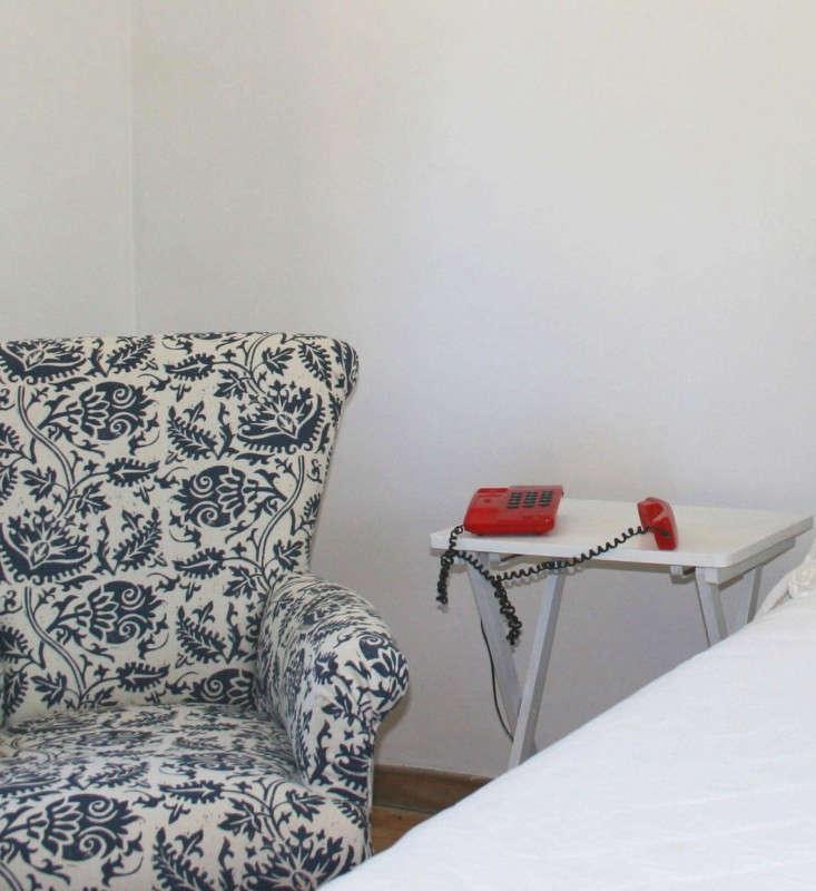 lindsay-alker-printed-chair-remodelista