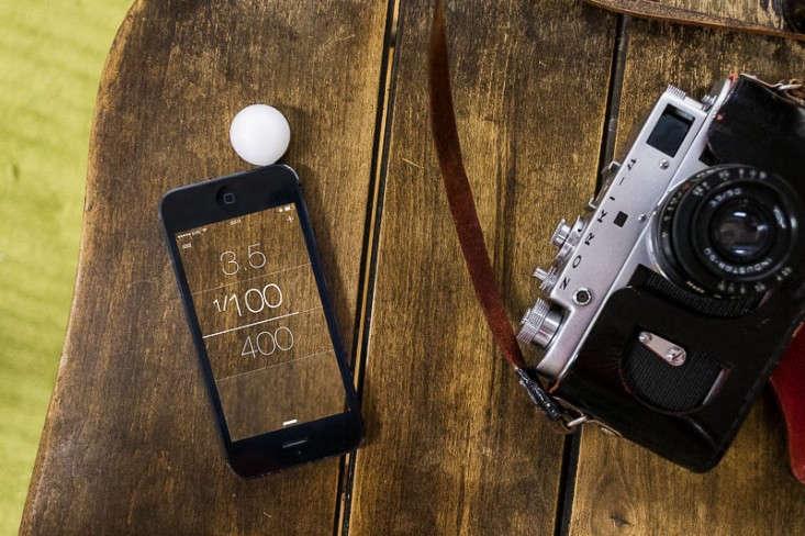 lumu-light-meter-tech-gift-guide-remodelista