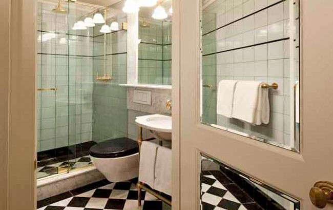 marlton-hotel-bathroom-Remodelita