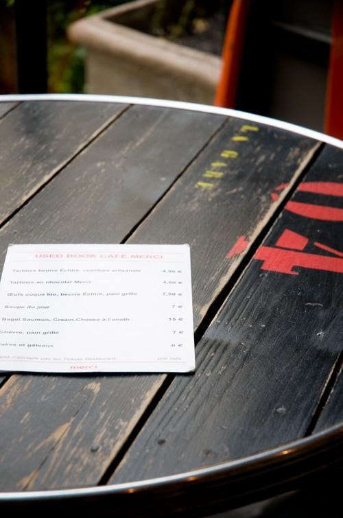 merci-paris-table-with-number