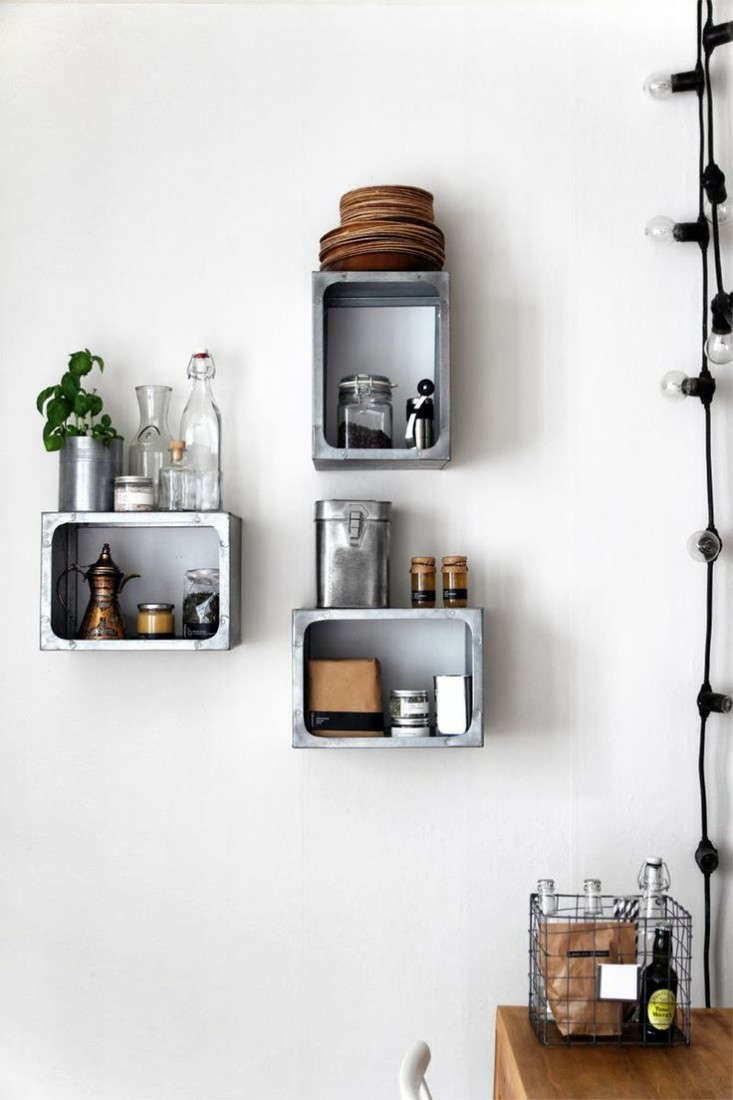 Trend Alert 11 Kitchens With Wall Mounted Box Shelving