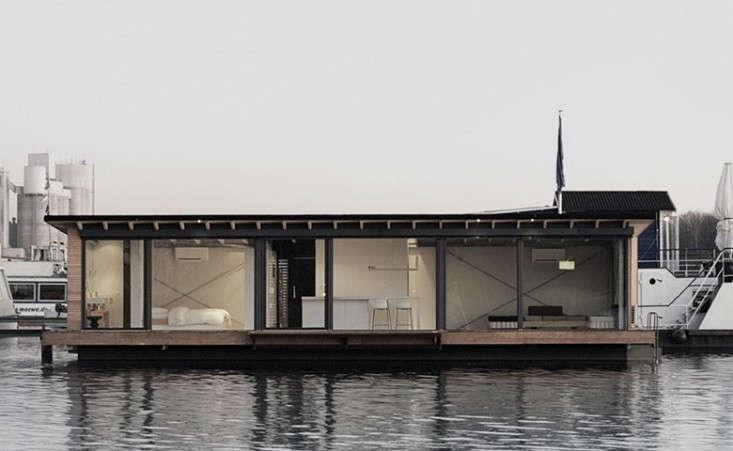 modern-berlin-houseboat-remodelista-floating