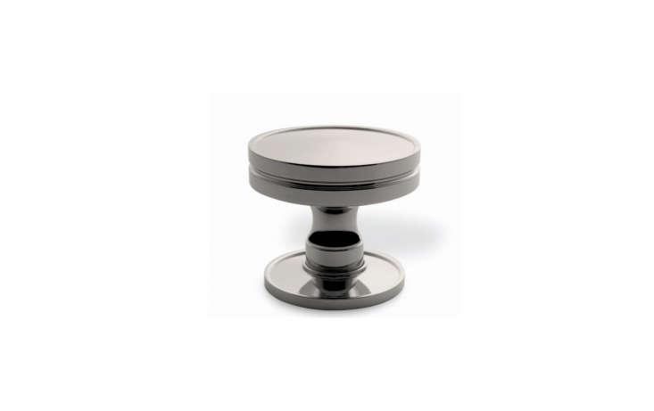nanz-company-no-1228-monogrammed-doorknob-remodelista