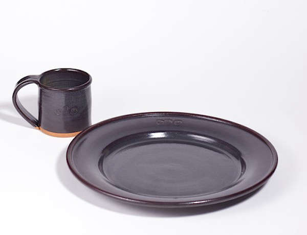 new-york-pottery-remodelista-charcoal
