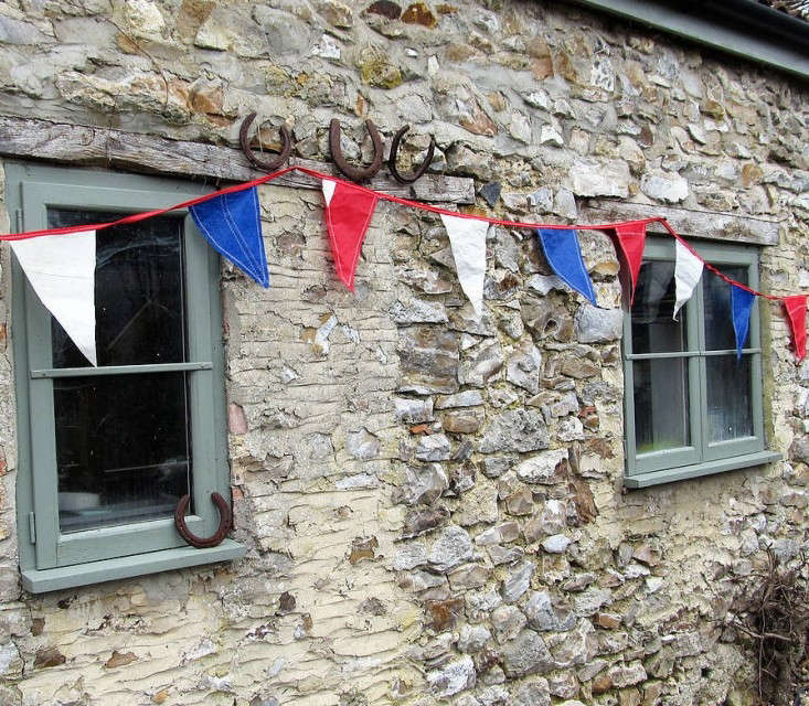 not-on-the-high-street-bunting-remodelista
