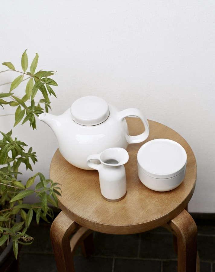 olio-teapot-remodelista-3