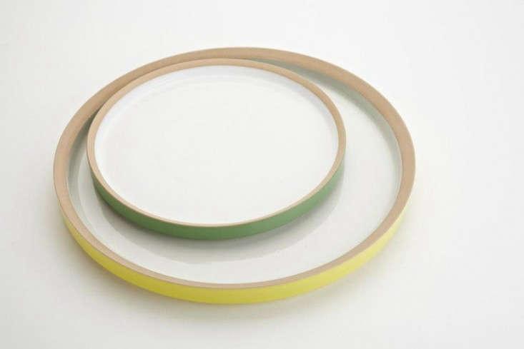 owen-wall-green-yellow-plates