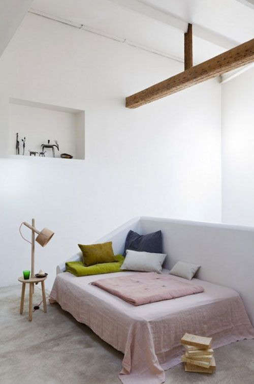 pale-pink-linen-throw-remodelista