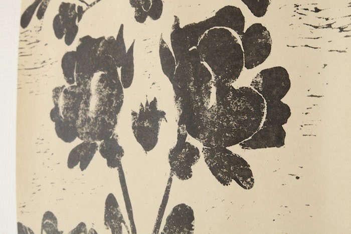 papermills-black-wallpaper-remodelista
