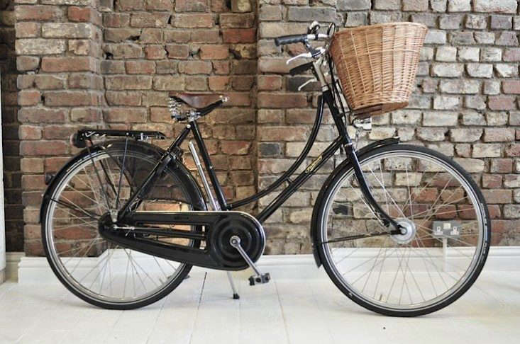 pashley-cycle-with-basket-remodelista