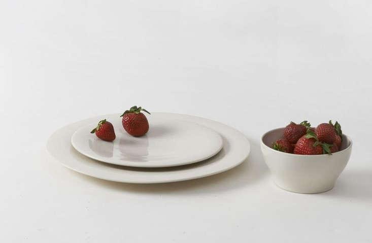 & 10 Easy Pieces: Basic White Dinnerware - Remodelista