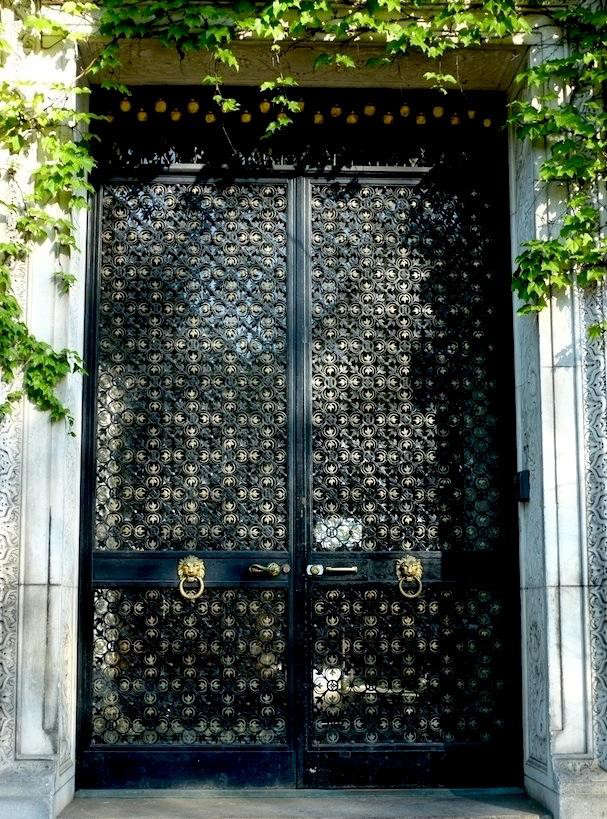 payne-whitney-mansion-front-door
