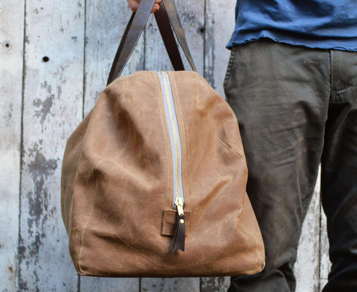 peg-and-awl-waxed-weekender-bag-remodelista