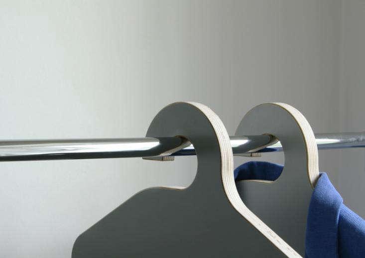 philippe_malouin_hanger_chair_close