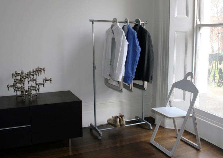 philippe_malouin_hanger_chair_scene