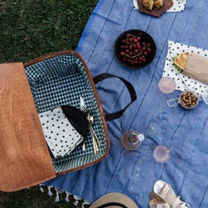 Picnic basket from A Sunny Afternoon | Gardenista