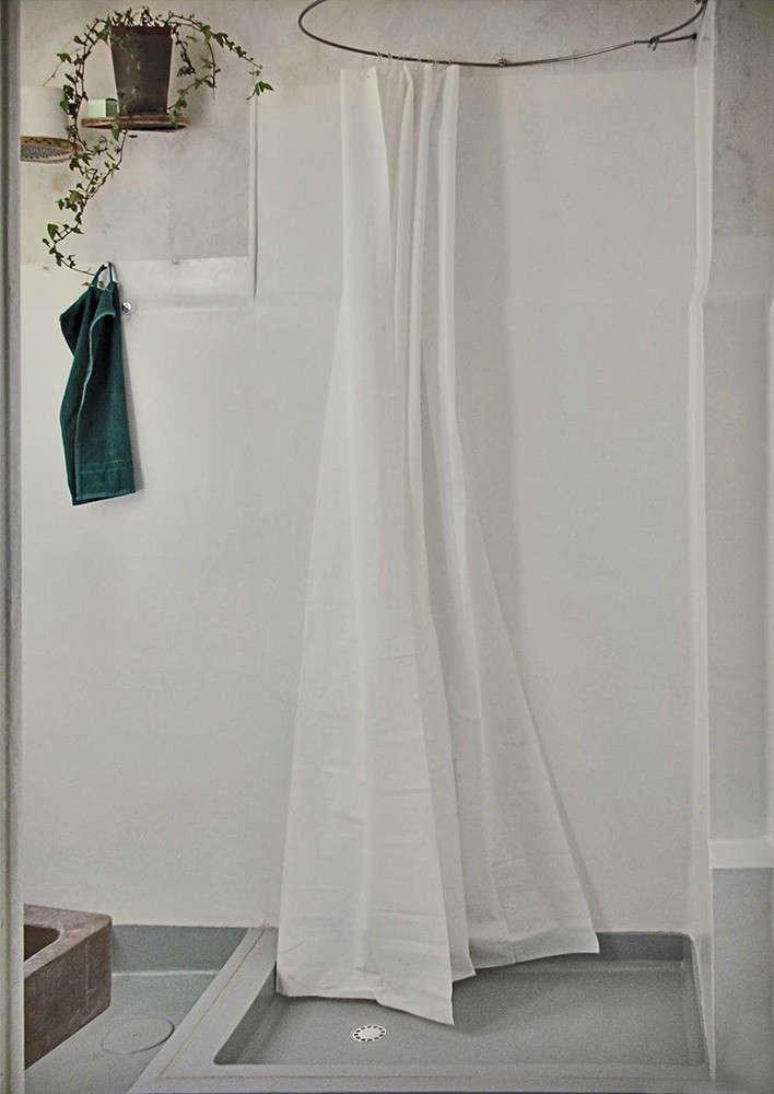 pietro-russo-shower