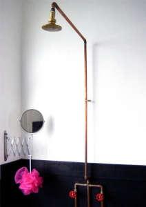 Pink Scrubber Bathroom/Remodelista