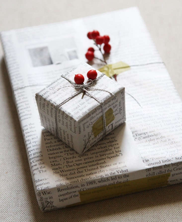 reading-my-tea-leaves-wrapping-paper-remodelista