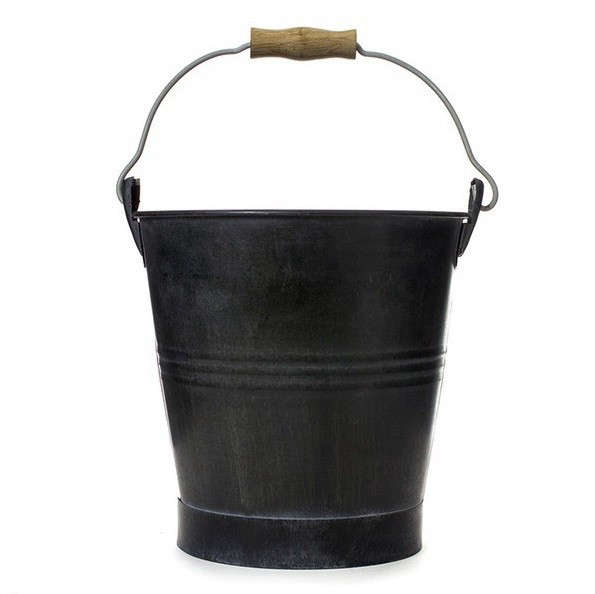 redecker-bucket-old-faithful-remodelista