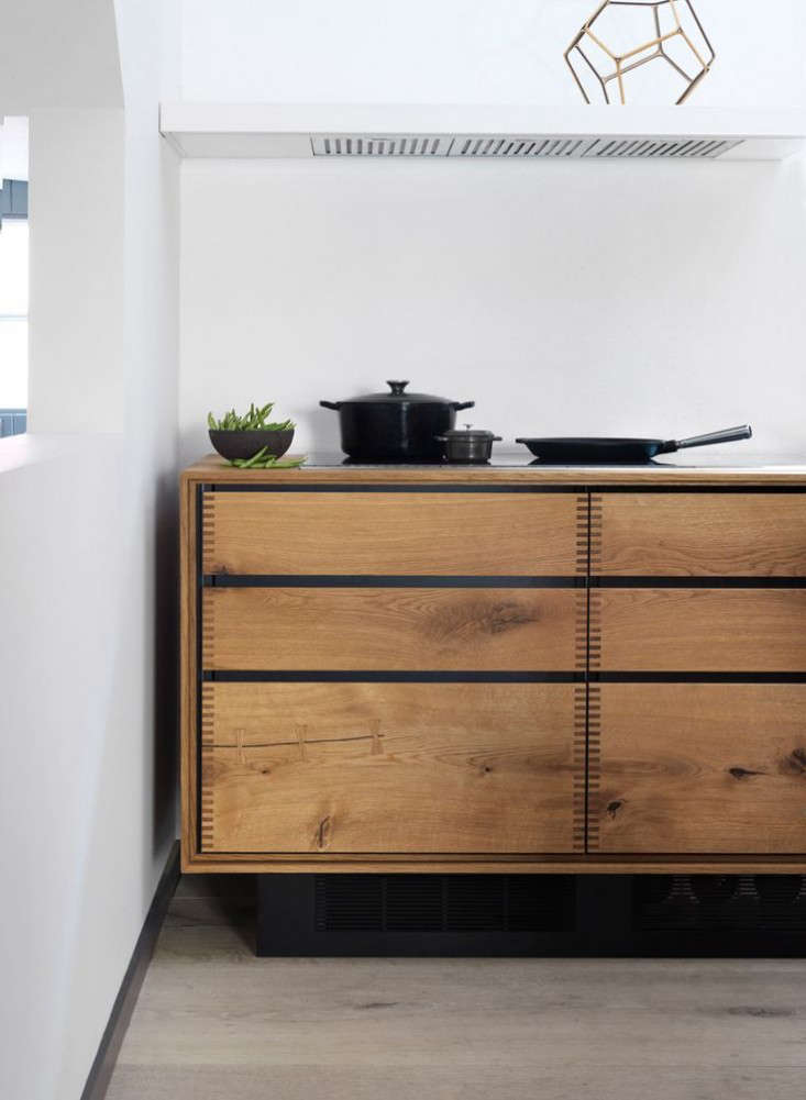 steal this look a star chef 39 s scandi kitchen remodelista. Black Bedroom Furniture Sets. Home Design Ideas
