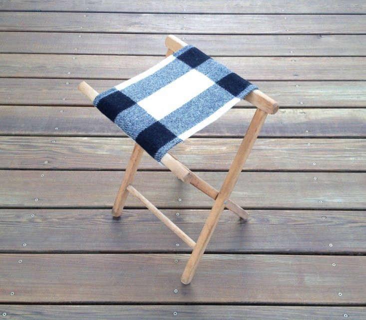 robin-cottage-vintage-stool-remodelista