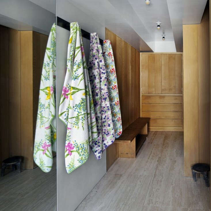 sachs-lindores-printed-towels-remodelista