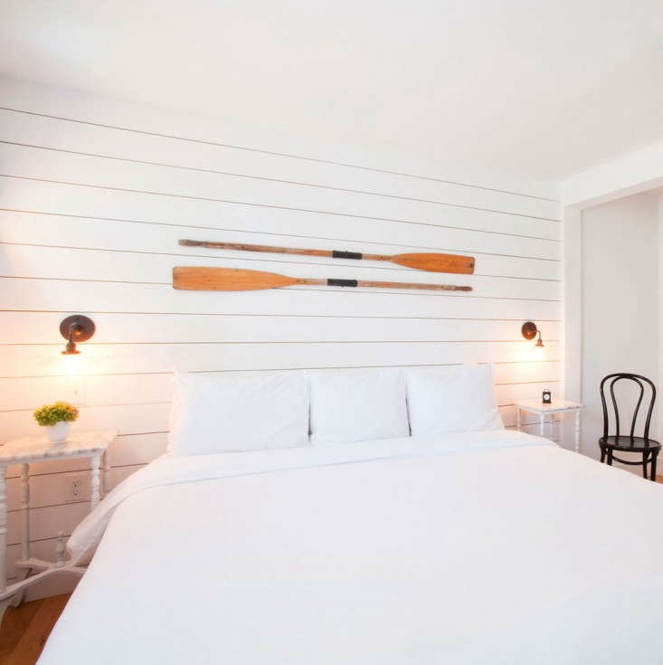 salt-house-inn-oars-remodelista