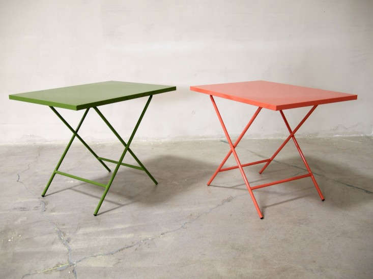 scout-regalia-red-and-green-folding-tables-remodelista