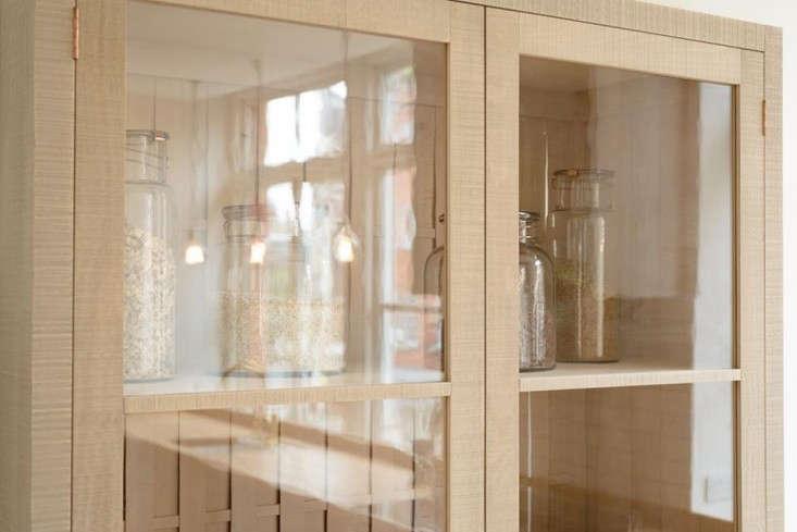 sebastian-cox-kitchen-cabinet