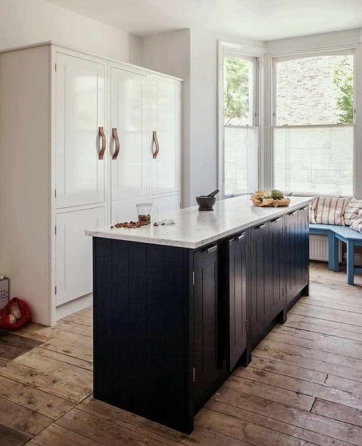 skye-gyngell-home-kitchen-british-standard-units-london-Remodelista-03