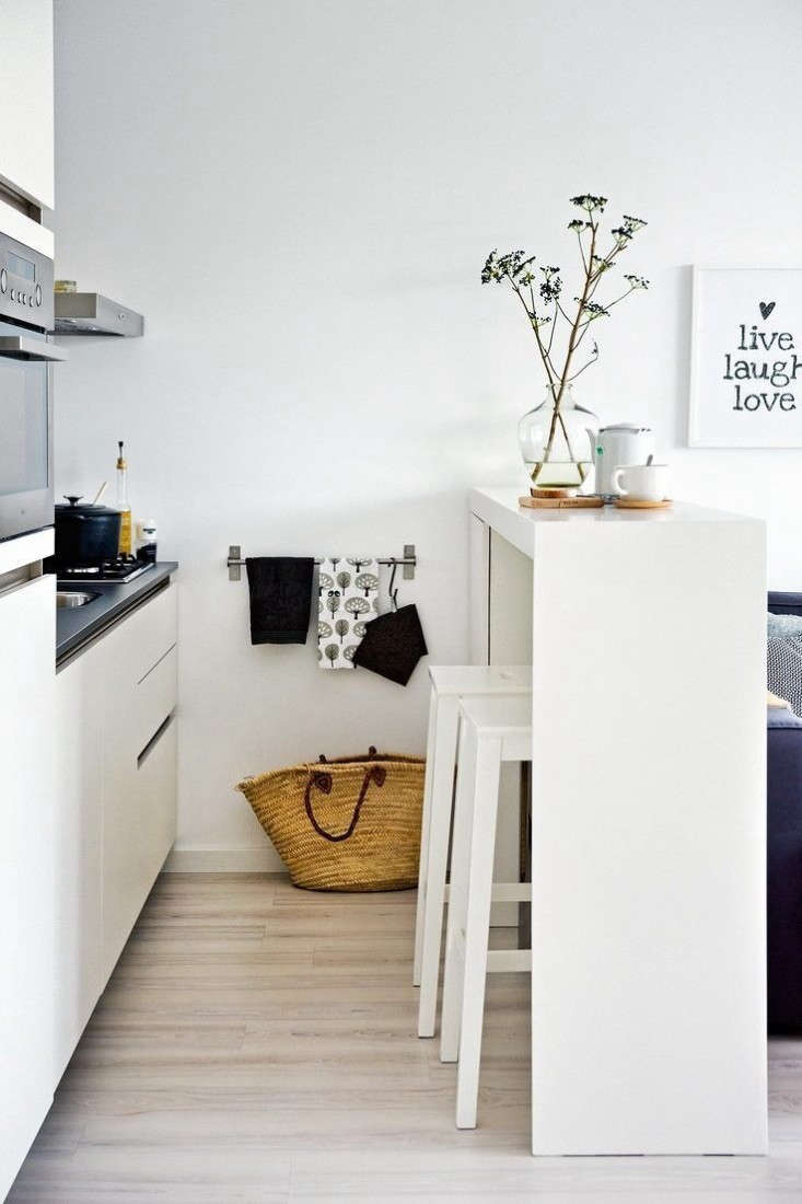 slim-kitchen-island-remodelista-10