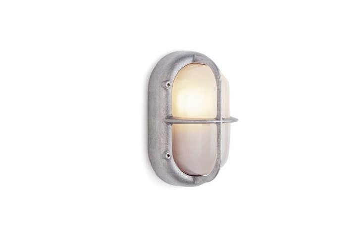 small-aluminum-wall-lamp-bulkhead-remodelista
