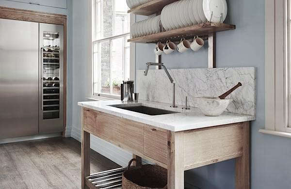 PNC Real Estate Newsfeed » Drip Dry: 13 Kitchens with Wall-Mounted ...
