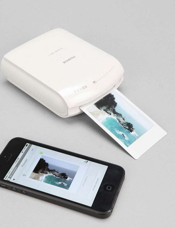 smart-phone-printer-tech-gift-guide-remodelista