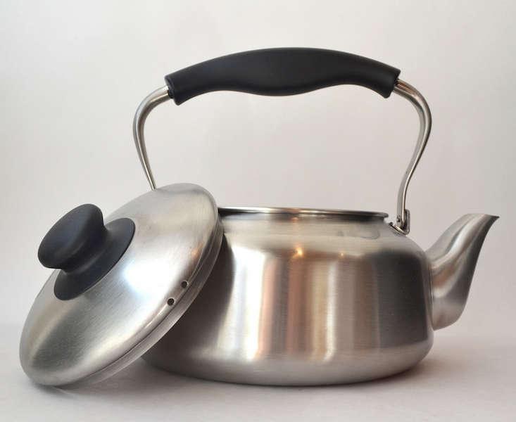 sori-yanagi-tea-kettle-remodelista